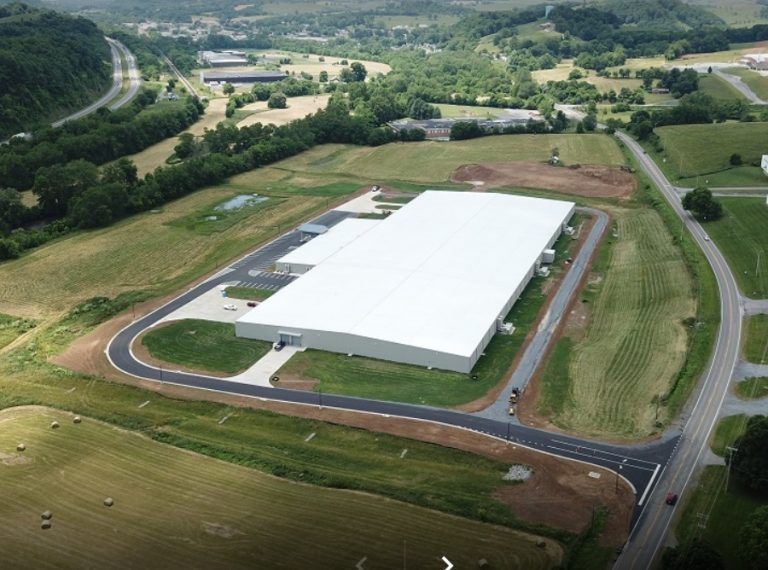 An aerial photo of the Blue Ridge Knives warehouse, a pre-engineered metal building with 250,000 square feet of space.